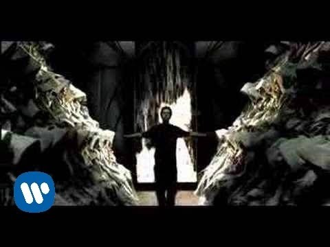 Linkin Park - Somewhere I Belong (Official Video)