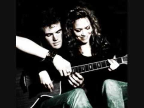 Bethany Joy and Tyler Hilton - When The Stars Go Blue (Lyrics)