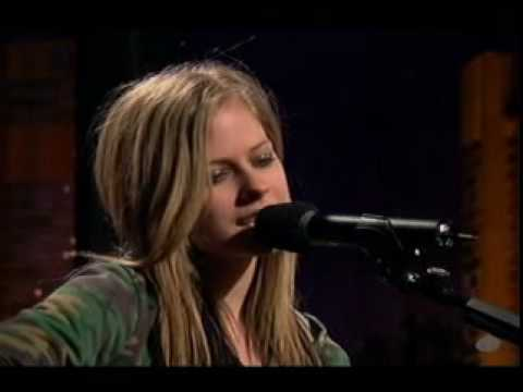 Avril Lavigne - Don't Tell Me - Acoustic Live