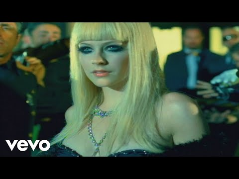 Avril Lavigne - Hot